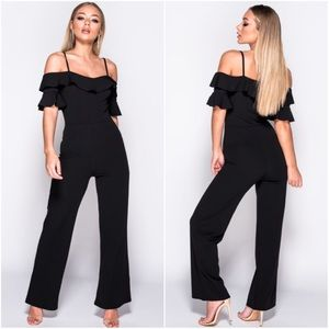 🆕Valentina Black Cold Shoulder Jumpsuit